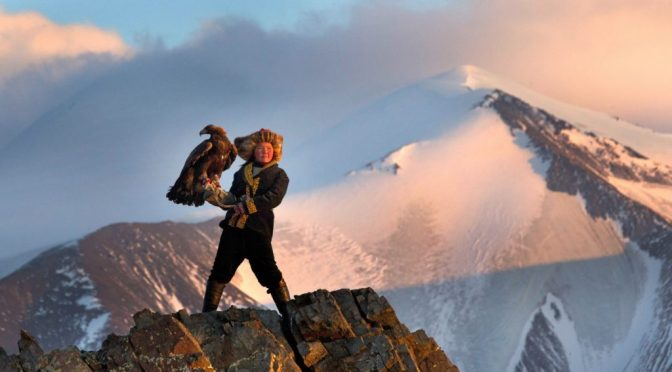 Movie Review Flashback: 'The Eagle Huntress' and Why You Should Watch It