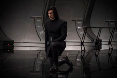 Star-Wars-The-Last-Jedi-Kylo-Ren-Kneels-in-Throne-Room