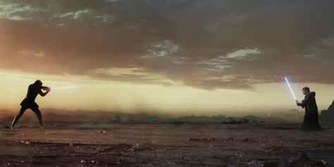 Luke-Skywalker-vs-Kylo-Ren-in-Star-Wars-The-Last-Jedi