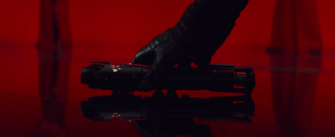 star-wars-the-last-jedi-trailer-breakdown-analysis-kylo-ren-lightsaber.png