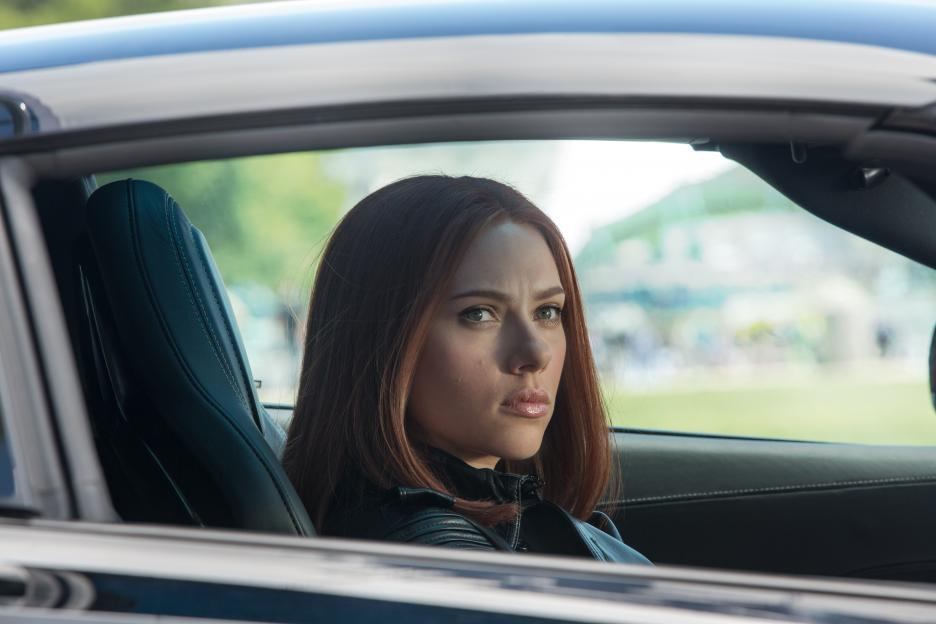 Ranking All of Black Widow's Hairstyles; from Worst to Best | Annlyel Online