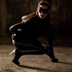 catwomankneels